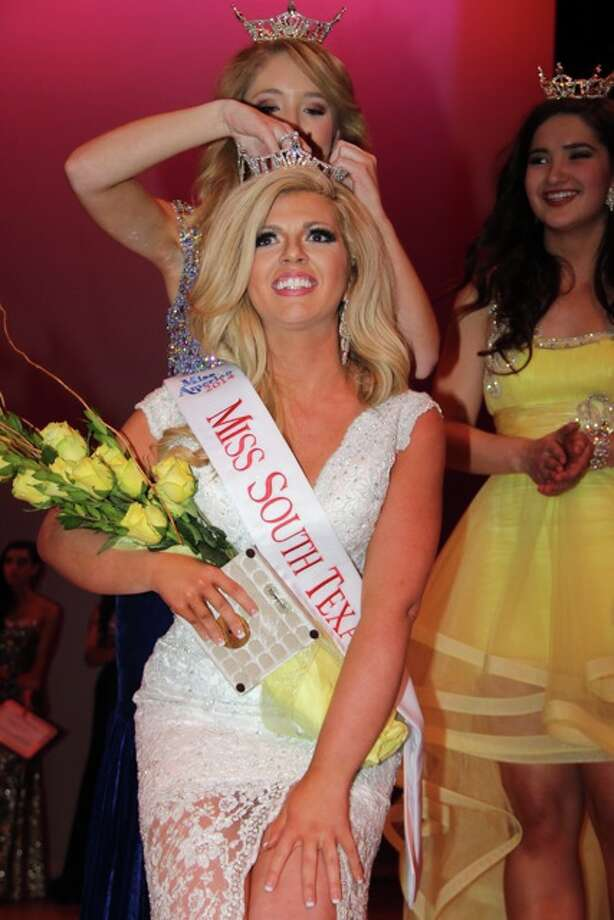 Keli Kryfko being crowned the new 2014 Miss South Texas!  She will compete for the title