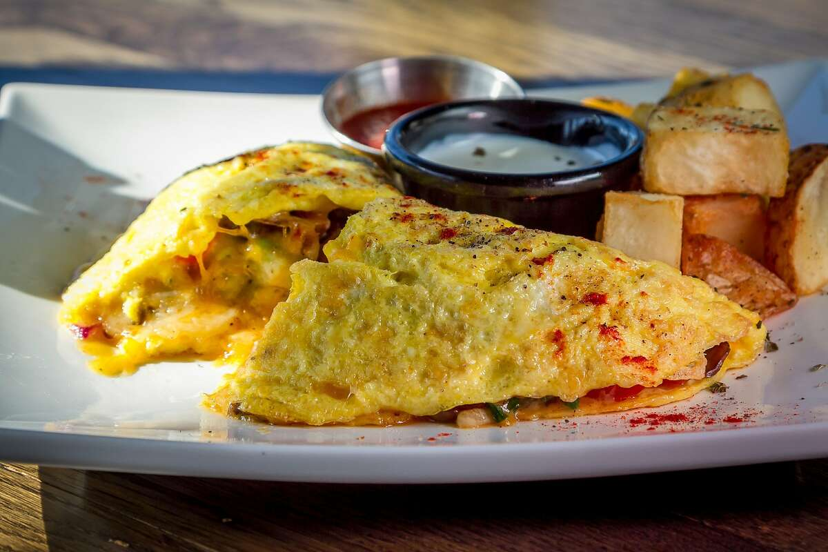8. Watertown Town, MA Diners per 10K people: 1.5 Notable Restaurant: The Diner Try: Italian omelet with sweet Italian sausage, green pepper, onion and provolone cheeseSource: FindTheHome