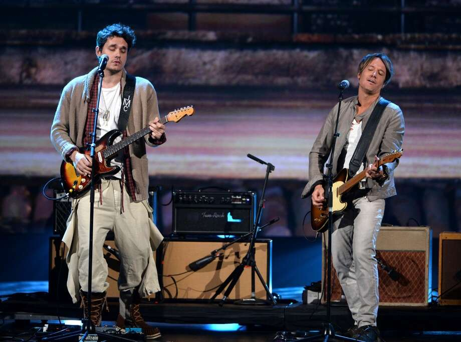 "Recording artists John Mayer (L) and Keith Urban perform onstage during ""The Night That Changed America: A GRAMMY Salute To The Beatles"" at the Los Angeles Convention Center on January 27, 2014 in Los Angeles, California. Photo: Kevin Winter, Getty Images For NARAS"