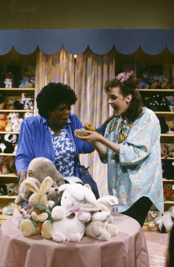 Oprah and Joan Cusack on 'Saturday Night Live' in 1986. Photo: NBC, NBC Via Getty Images