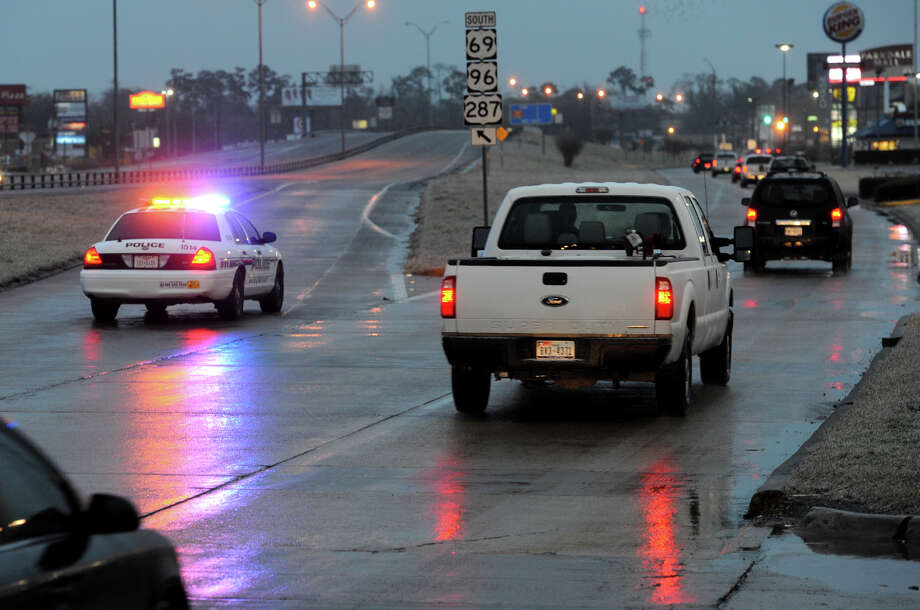 U.S. 69 is shut down due to icy roads. Photo taken Friday, January 24, 2014 Guiseppe Barranco/@spotnewsshooter Photo: Guiseppe Barranco, Photo Editor