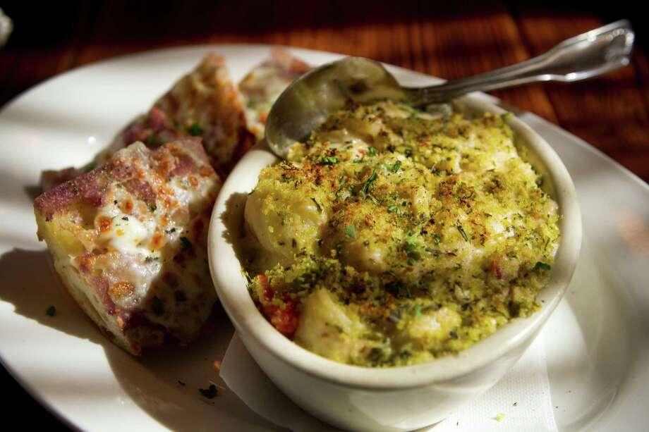 Lump Crab Mac & Cheese from Crisp. Photo: Brett Coomer, Staff / © 2014 Houston Chronicle
