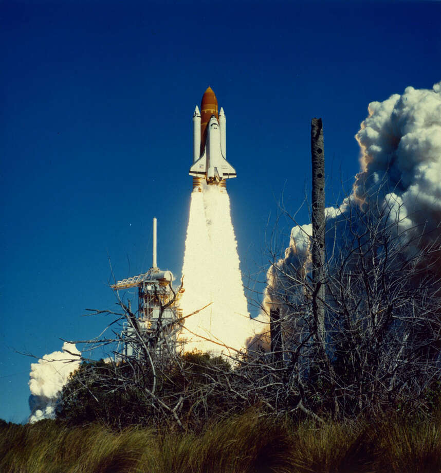 The Space Shuttle Challenger (STS-51L) takes off from the Kennedy Space Center, Fla., on Jan. 28, 1986. Photo: MPI, Getty Images / Archive Photos