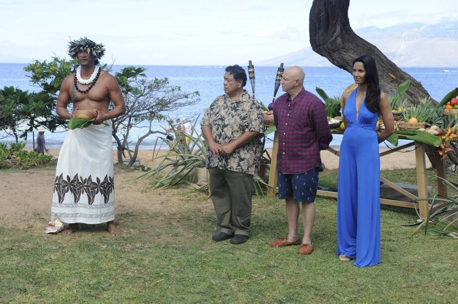 "A traditional Hawaiian greeting -- not to mention  the stunning backdrop of Mokapu Beach and West Maui --  welcomes iconic Hawaii chef Sam Choy and ""Top Chef"" judges Tom Colicchio and Padma Lakshmi to the Andaz Maui at Wailea in the ""Maui Wowie"" episode of ""Top Chef,"" airing Jan. 29. Photo: David Moir, Bravo"