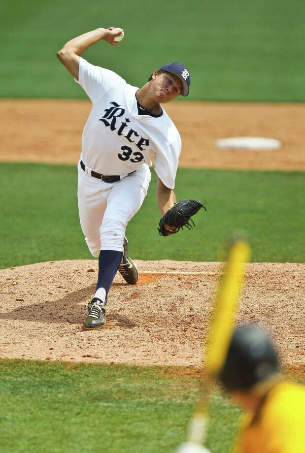 Zech Lemond was selected as the C-USA preseason pitcher of the year. Photo: Nick De La Torre, Chronicle / © 2013 Houston Chronicle