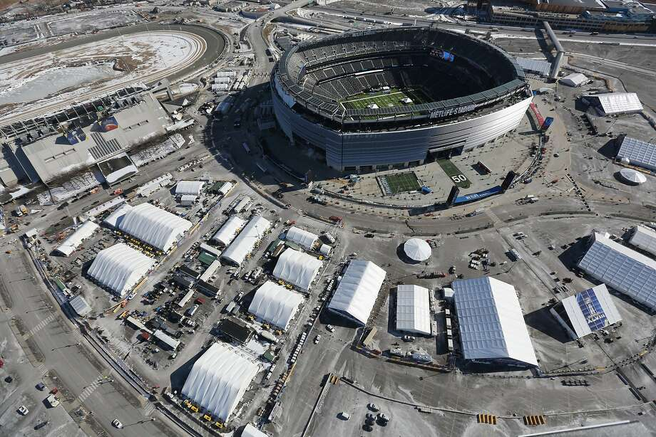 MetLife Stadium is seen from a Customs and Border Protection helicopter ahead of Super Bowl XLVIII on January 28, 2014. Photo: John Moore, Getty Images