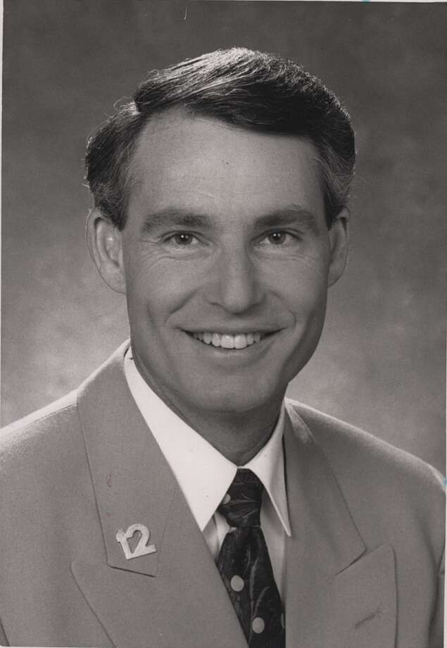 Bob Salter anchored at KENS-TV in the 1980s, then helped KSAT rise to the top of the ratings in the '90s only to return to KENS in 1996 to finish off his S.A. news career. Sadly, Salter passed away in May, but remains one of S.A. most liked former anchors.