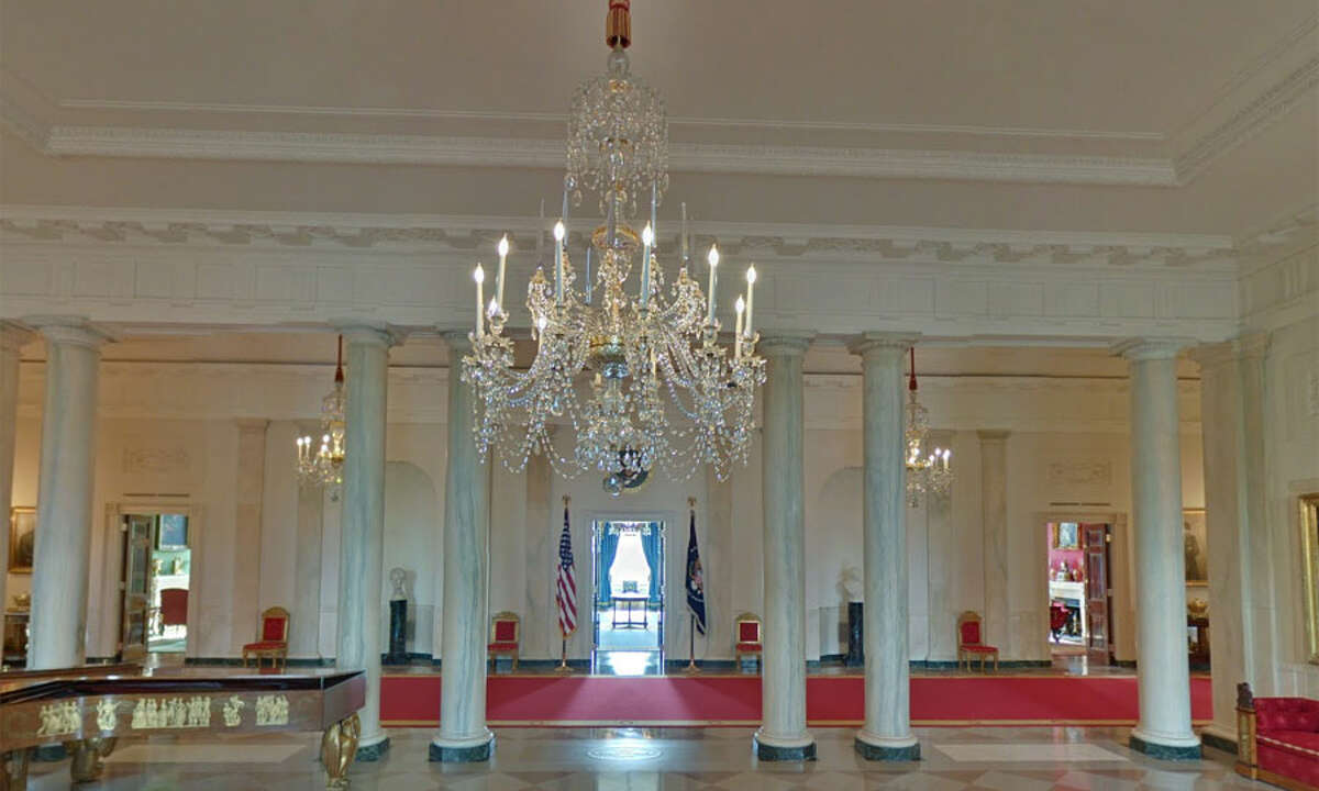 A look inside the White House as seen from Google Street View.