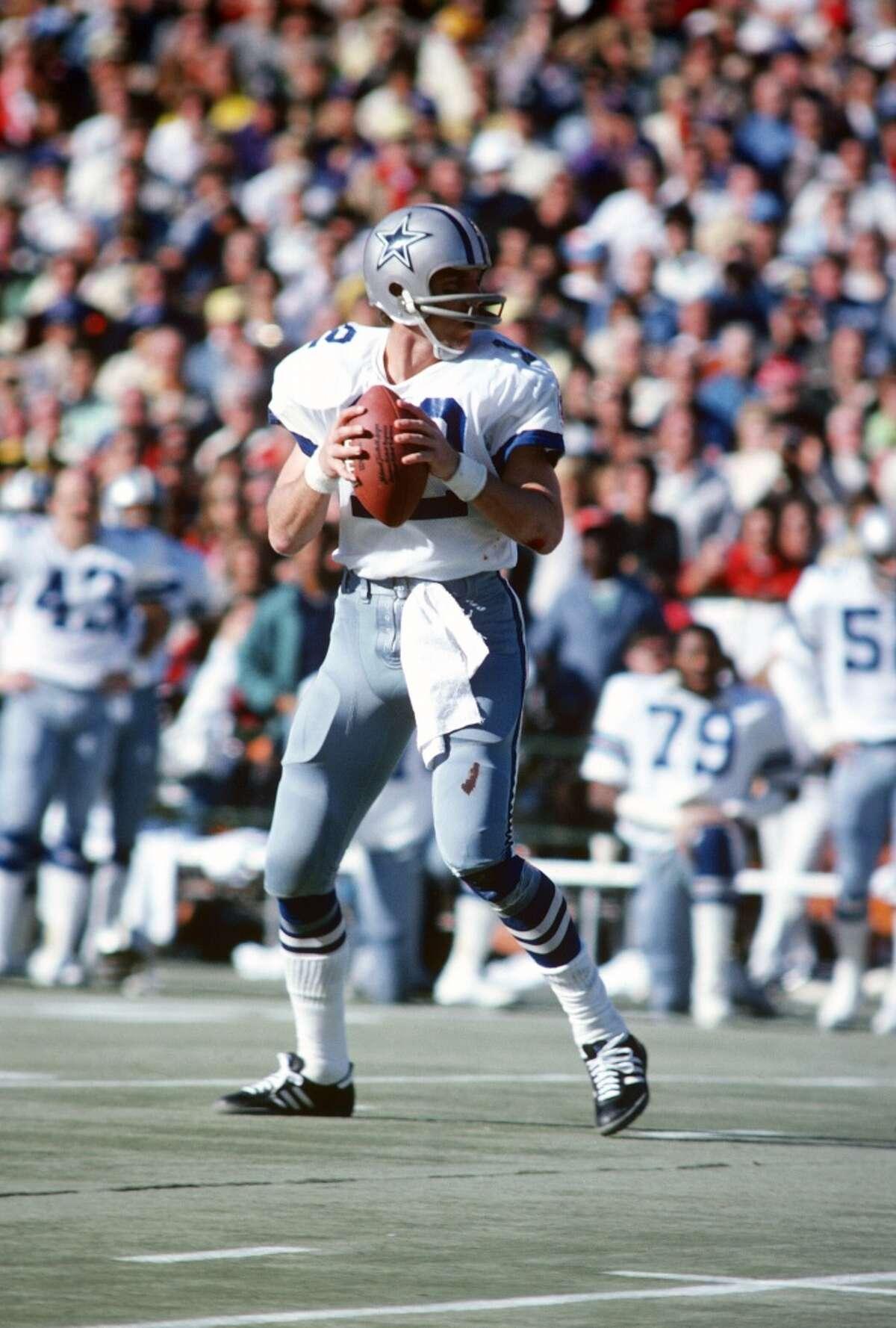 Super Bowl VI Dallas Cowboys 24, Miami Dolphins 3 Jan. 16, 1972 MVP - Roger Staubach, QB, Dallas Cowboys Stats: 119 passing yards, 2 touchdowns