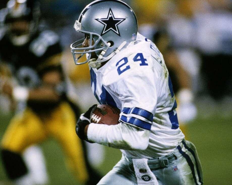 Super Bowl XXX Dallas Cowboys 27, Pittsburgh Steelers 17 Jan. 28, 1996  MVP — Larry Brown, CB, Dallas Cowboys  Stats: 2 interceptions, 77 return yards, Photo: Joseph Patronite, Getty Images