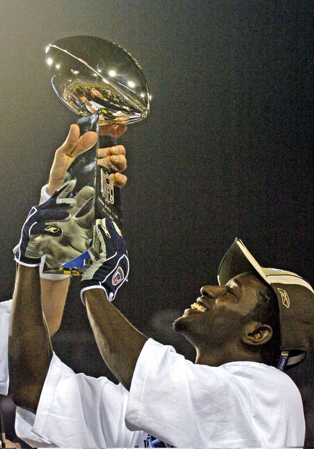 Super Bowl XXXIX New England Patriots 24, Philadelphia Eagles 21 Feb. 6, 2005  MVP — Deion Branch, WR, New England Patriots  Stats: 11 receptions, 133 yards Photo: Al Messerschmidt, Getty Images