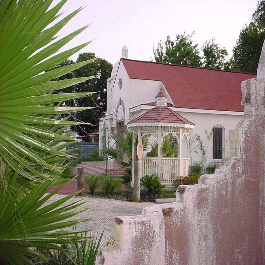 Marbella Banquet Hall6632 Harrisburg Blvd., Houston713-926-7265