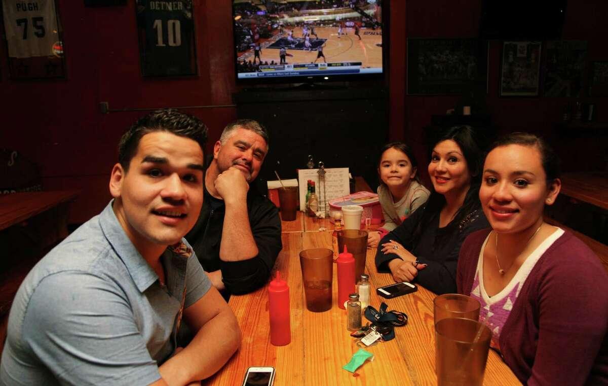 Aaron, Anthony, Jazlynn, Raquel and Stephanie Godsey