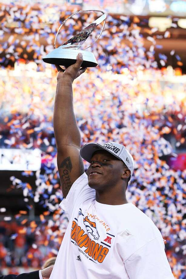 Demaryius Thomas lifts the AFC Championship Game trophy Jan. 19. He'd like to raise another piece of hardware Sunday. Photo: Doug Pensinger, Getty Images