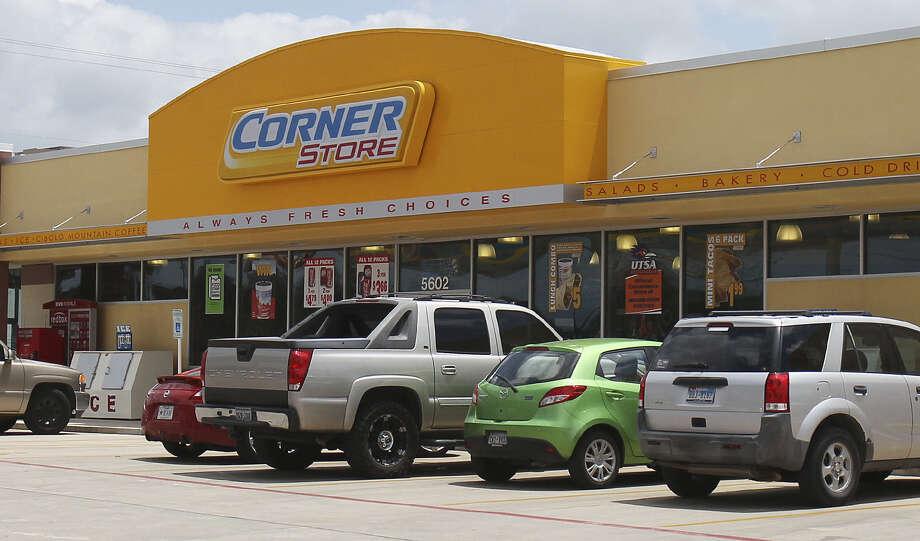 Valero spun off its retail stores, forming CST Brands, last spring. The move helped raise Valero's fourth-quarter profit. Photo: San Antonio Express-News File Photo / © 2013 San Antonio Express-News