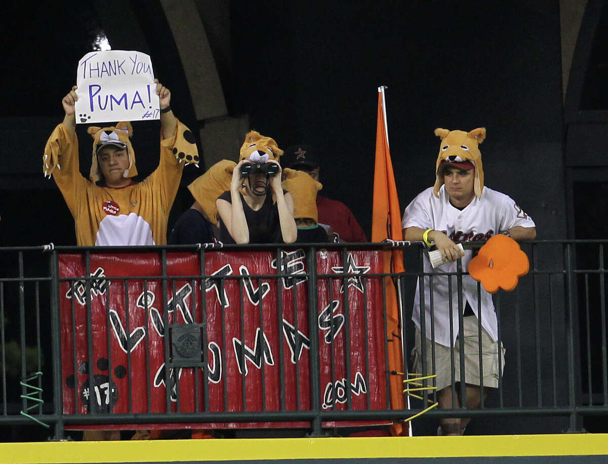 The fans who called themselves the Little Pumas showed their appreciation for the Big Puma as Lance Berkman's time with the Astros came to an end in 2010 with a trade to the Yankees.