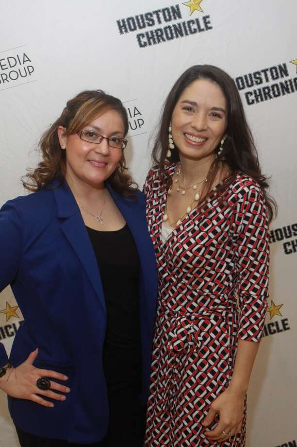 (For the Chronicle/Gary Fountain, May 9, 2013) Erica Fernandez, left, and Melissa Lopez. Photo: For The Chronicle