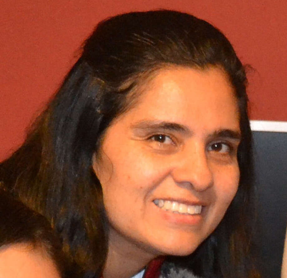 Dulce Maria M. Islas is a Hawthorne Academy parent.