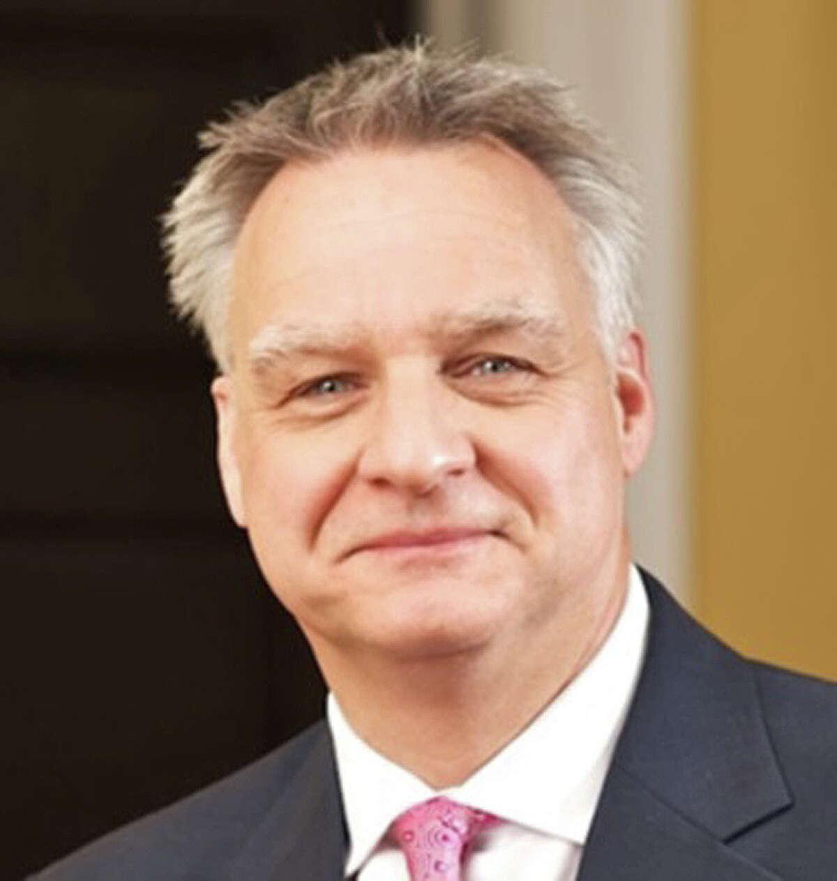 Robert Tullis