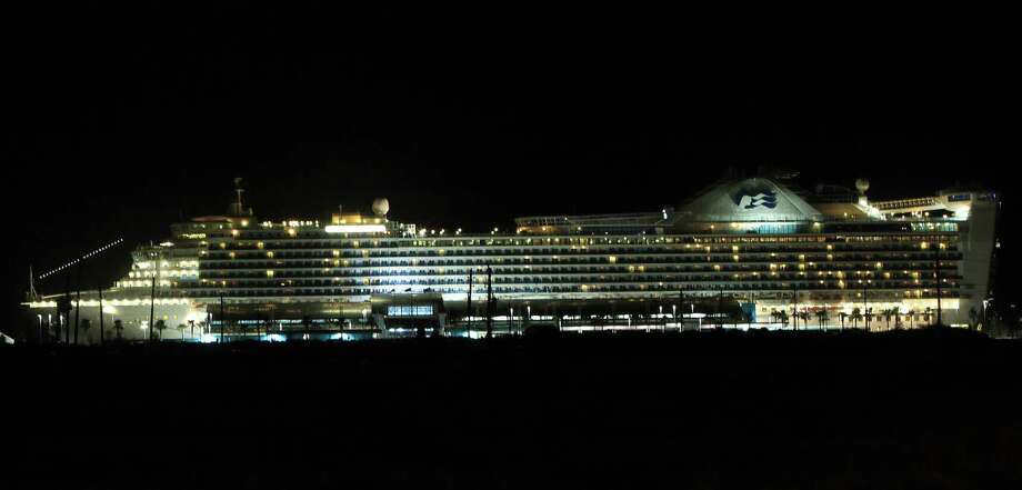 The Caribbean Princess ship docked at Bayport Cruise Terminal Thursday evening. Photo: Mayra Beltran, Houston Chronicle / © 2013 Houston Chronicle