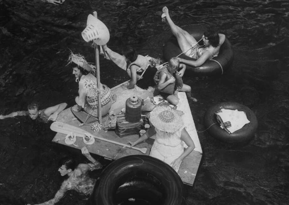 A floating barbecue party in 1961. Photo: Burton McNeely, Time & Life Pictures/Getty Image