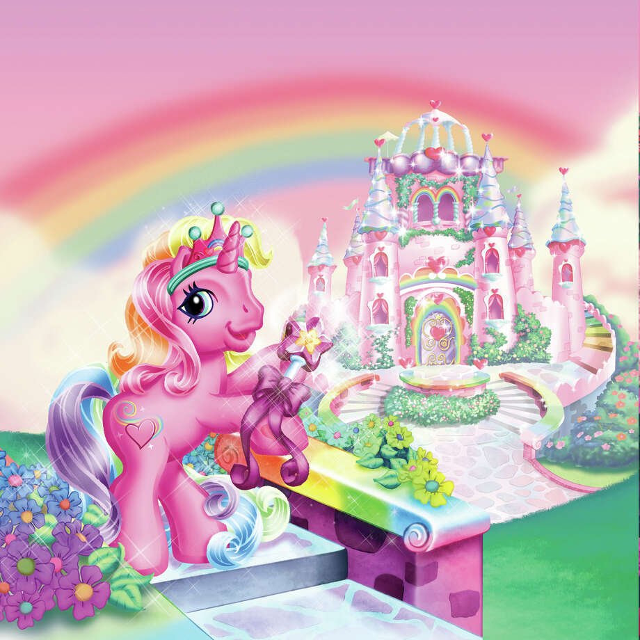 "The Pony Rarity tries to get back to Unicornia in ""The Runaway Rainbow"" Photo: SHOUT! FACTORY, New York Times / SHOUT! FACTORY"
