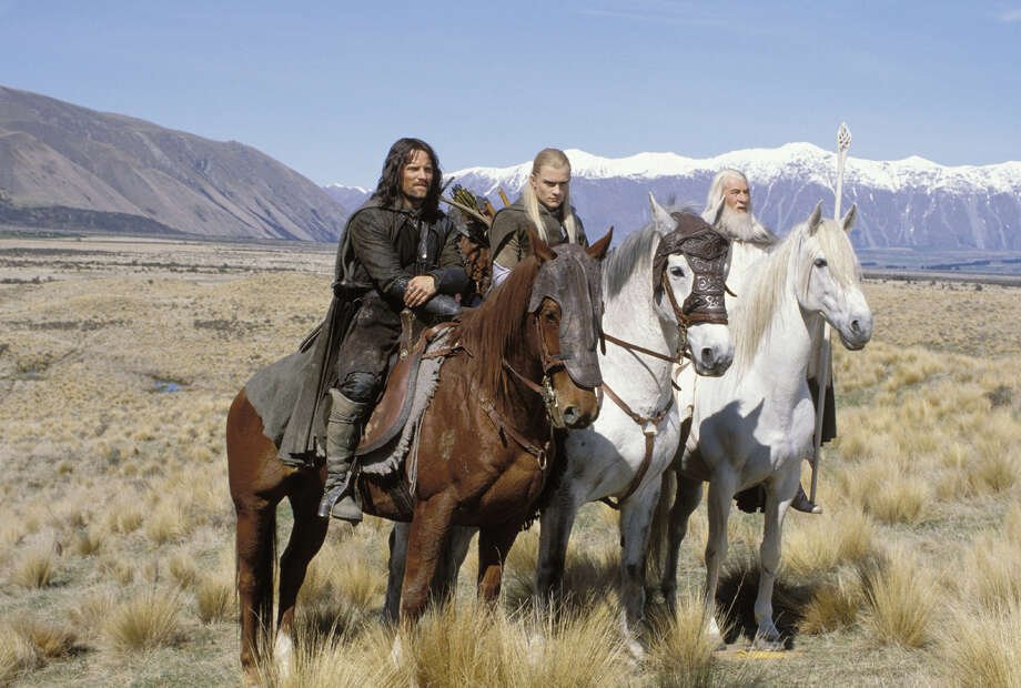 Lord of The Rings: Two Towers  Shadowfax, Gandalf's horse Photo: Photographer: Pierre Vinet / © 2002 New Line Productions.