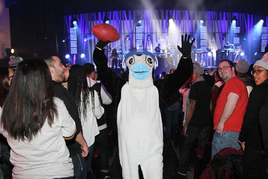 "A giant penguin at VH1's ""Super Bowl Blitz: Six Nights + Six Concerts"" at Kupferberg Center for the Arts, Queens College on January 27, 2014 in the Queens borough of New York City. Photo: Rob Kim, Getty Images / 2014 Getty Images"