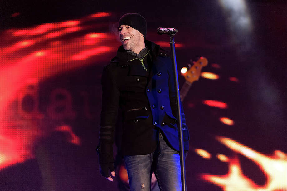 Chris Daughtry performs on stage during the Super Bowl Kickoff Spectacular at Liberty State Park on January 27, 2014 in Jersey City, New Jersey. Photo: D Dipasupil, FilmMagic / 2014 D Dipasupil