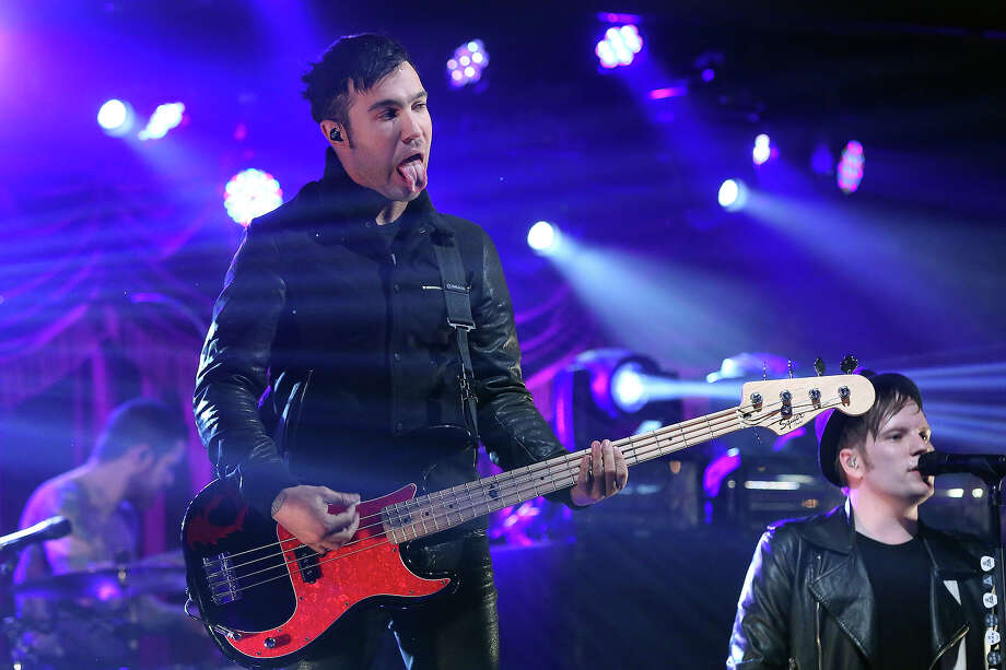 "Pete Wentz and Patrick Stump of Fall Out Boy perform during VH1's ""Super Bowl Blitz: Six Nights + Six Concerts"" at Brooklyn Bowl on January 29, 2014 in the Brooklyn borough of New York City. Photo: Taylor Hill, FilmMagic / 2014 Taylor Hill"