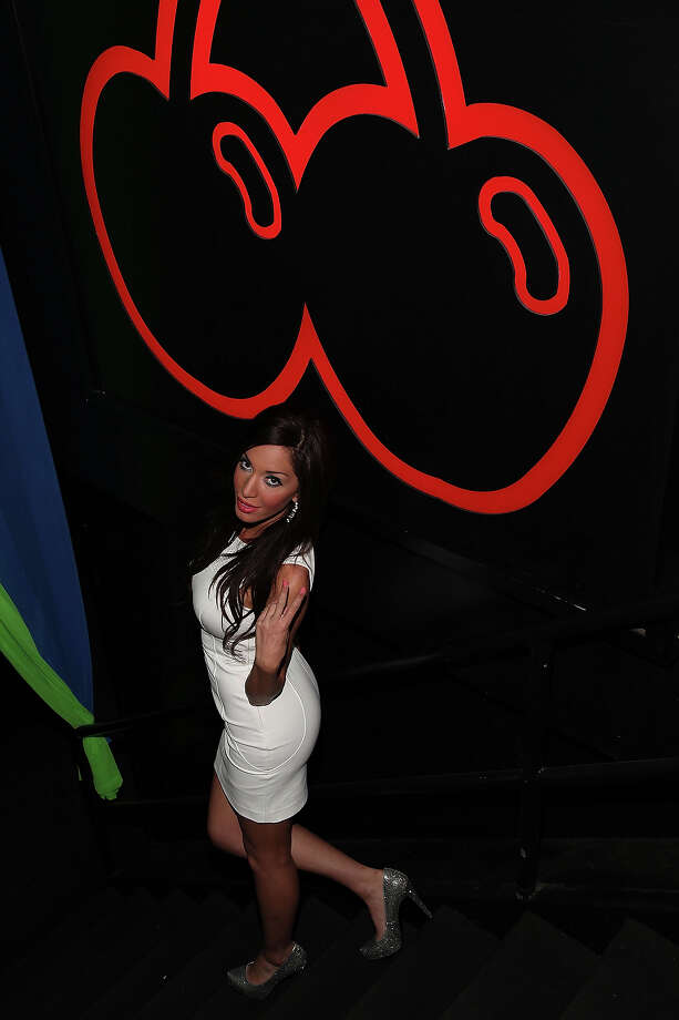 Farrah Abraham attends Pacha's Tailgate Pre-Party at Pacha on January 30, 2014 in New York City. Photo: Manny Carabel, Getty Images / 2014 Manny Carabel