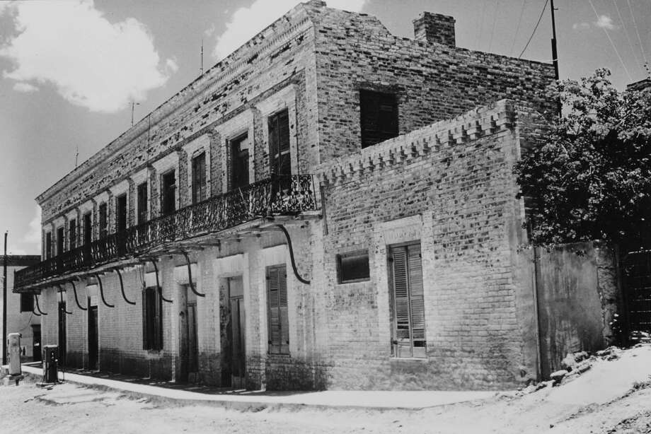 The Manuel Guerra Residence and Store, documented in this 1961 photo George took for the Library of Congress, was built in 1884 in Roma's town square, in an adapted Florentine Renaissance style, by architect and builder Heinrich Portscheller. Photo: Courtesy