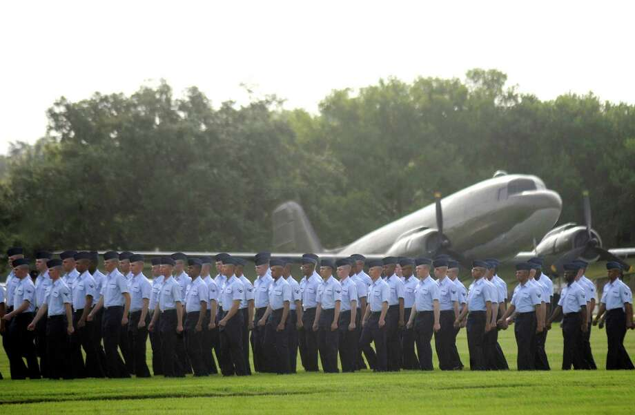 Question No. 3: Who was the first military pilot to die in an airplane crash and where is he buried?