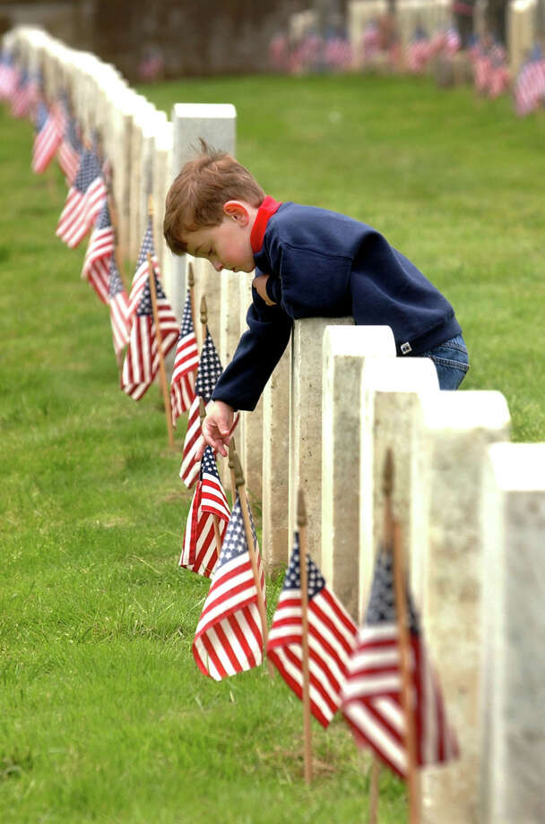 Question No. 6: What general officer died in San Antonio, lay in state at the Alamo, but is buried at the San Francisco National Cemetery?