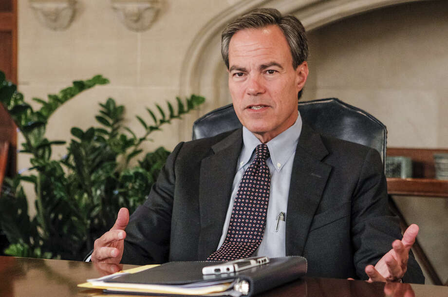 House Speaker Joe Straus directed the Committee on State Affairs to study the situation and make recommendations. Photo: San Antonio Express-News / File Photo / Express-News 2013
