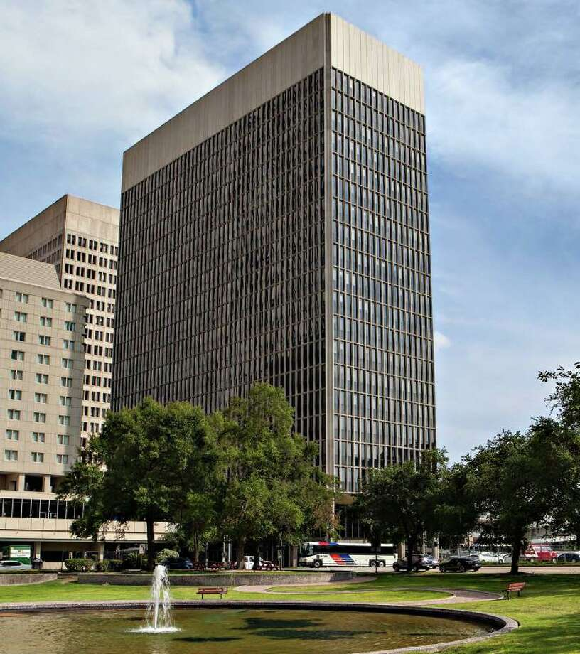 An affiliate of W.P. Carey acquired the 20-story building at 500 Jefferson through its  CPA:17-Global real estate investment trust from Brookfield Office  Properties. Photo: PRNewsFoto/W. P. Carey Inc. / W. P. CAREY INC.