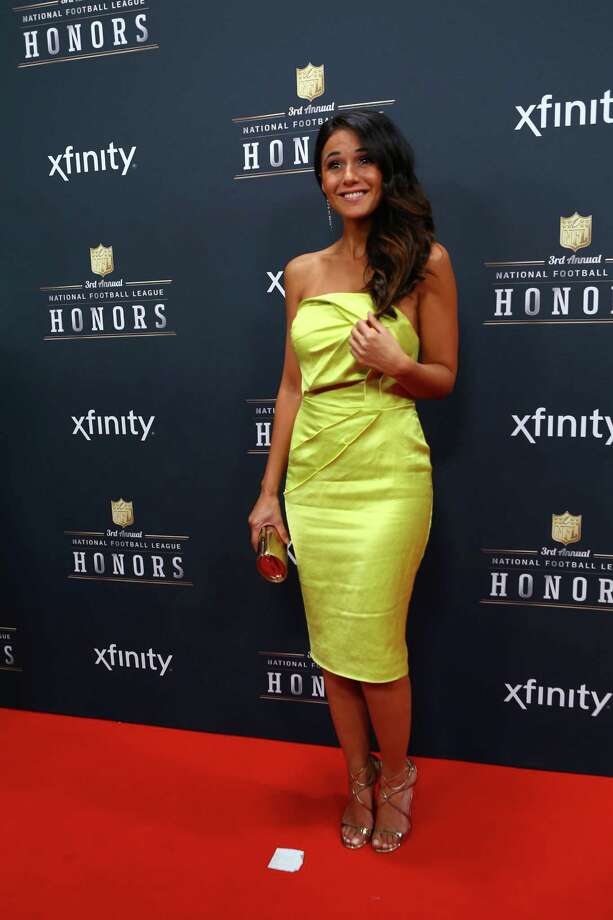 Actress Emmanuelle Chriqui walks the red carpet before the NFL Honors awards ceremony on Saturday, February 1, 2014 at Radio City Music Hall in New York City. Photo: JOSHUA TRUJILLO, SEATTLEPI.COM / SEATTLEPI.COM