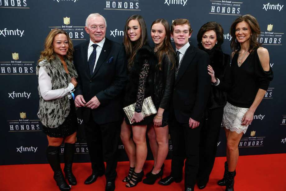 Dallas Cowboys owner Jerry Jones walks the red carpet before the NFL Honors awards ceremony on Saturday, February 1, 2014 at Radio City Music Hall in New York City. Photo: JOSHUA TRUJILLO, SEATTLEPI.COM / SEATTLEPI.COM