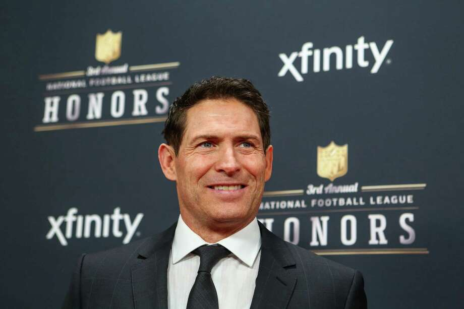 Retired quarterback Steve Young walks the red carpet before the NFL Honors awards ceremony on Saturday, February 1, 2014 at Radio City Music Hall in New York City. Photo: JOSHUA TRUJILLO, SEATTLEPI.COM / SEATTLEPI.COM