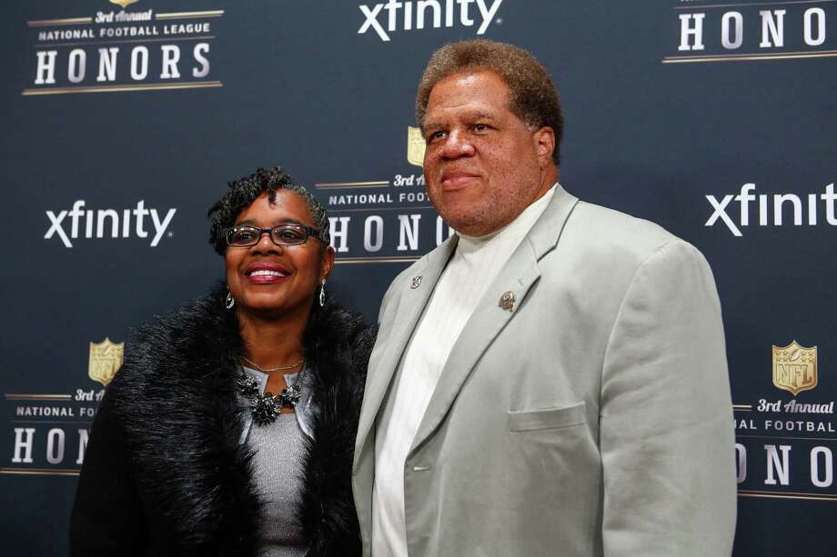 Oakland Raiders general manager Reggie McKenzie walks the red carpet before the NFL Honors awards ceremony on Saturday, February 1, 2014 at Radio City Music Hall in New York City. Photo: JOSHUA TRUJILLO, SEATTLEPI.COM / SEATTLEPI.COM