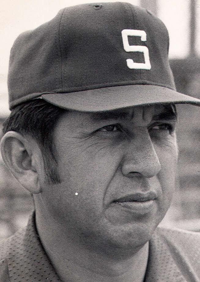 South San H.S. baseball coach Robert Zamora Sr. Photo: FILE PHOTO