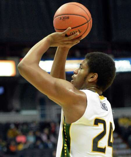 Siena's # 24 Lavon Long takes a shot during Saturday's game against Quinnipiac at the Times Union Ce