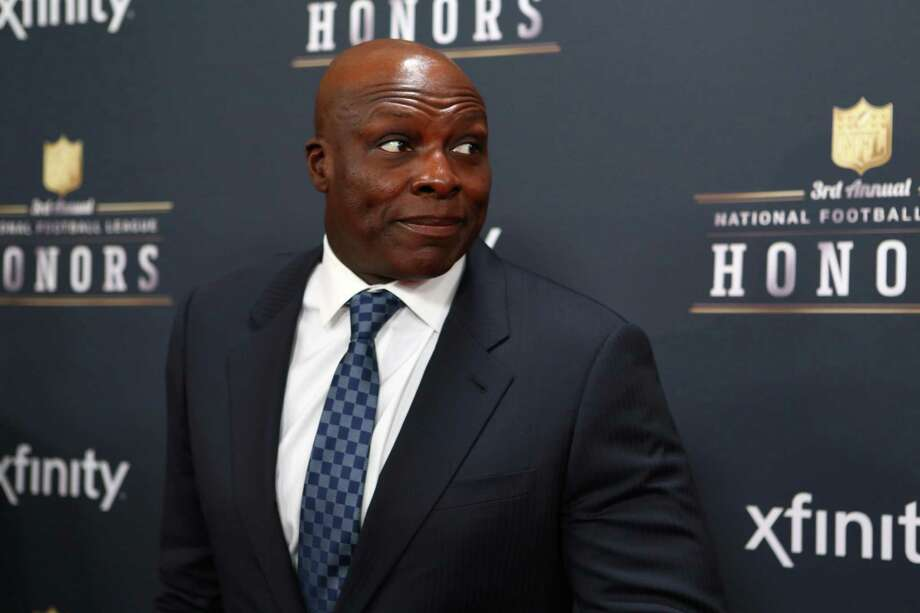 Former NFL player Bruce Smith walks the red carpet before the NFL Honors awards ceremony on Saturday, February 1, 2014 at Radio City Music Hall in New York City. Photo: JOSHUA TRUJILLO, SEATTLEPI.COM / SEATTLEPI.COM