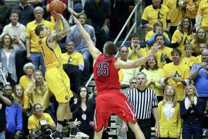 2014's Top Plays: Cal's Cobbs knocks off No. 1 with jumper - Photo
