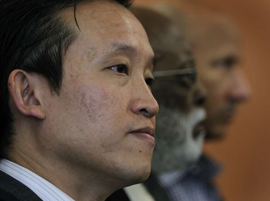 S.F. Supervisor David Chiu's proposal would effectively prevent units from becoming full-time vacation rentals. Photo: Paul Chinn, The Chronicle
