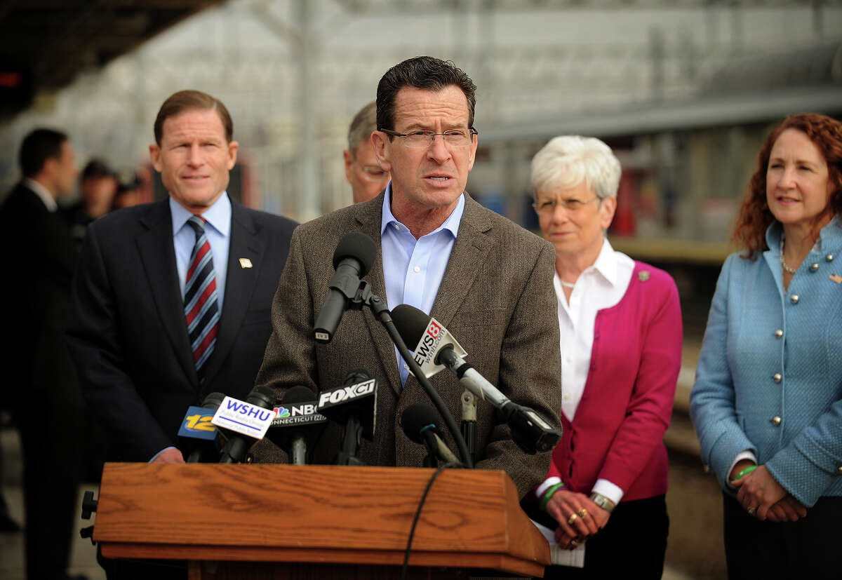 Governor Dannel P. Malloy announces of upgrades to Metro-North's New Haven Line at Union Station in New Haven, Conn. on Sunday, February 2, 2014. With Malloy from left are Senator Richard Blumenthal, Transportation Commissioner James P. Redeker, Lt. Governor Nancy Wyman, and 5th District Congresswoman Elizabeth Esty.