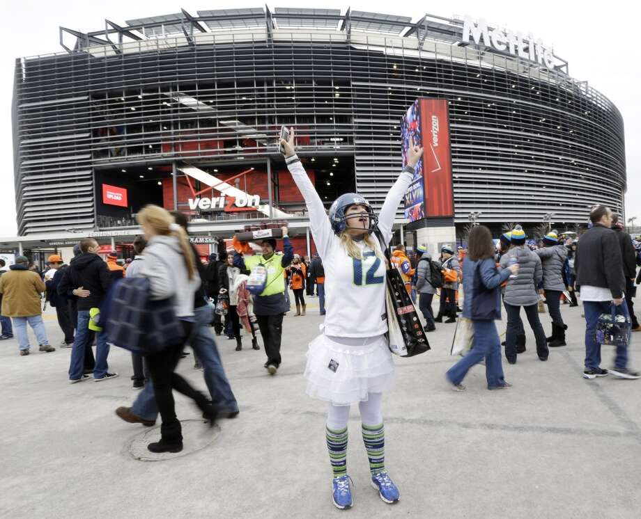A Seahawks fan before the start of the Super Bowl. Photo: Julio Cortez, Associated Press