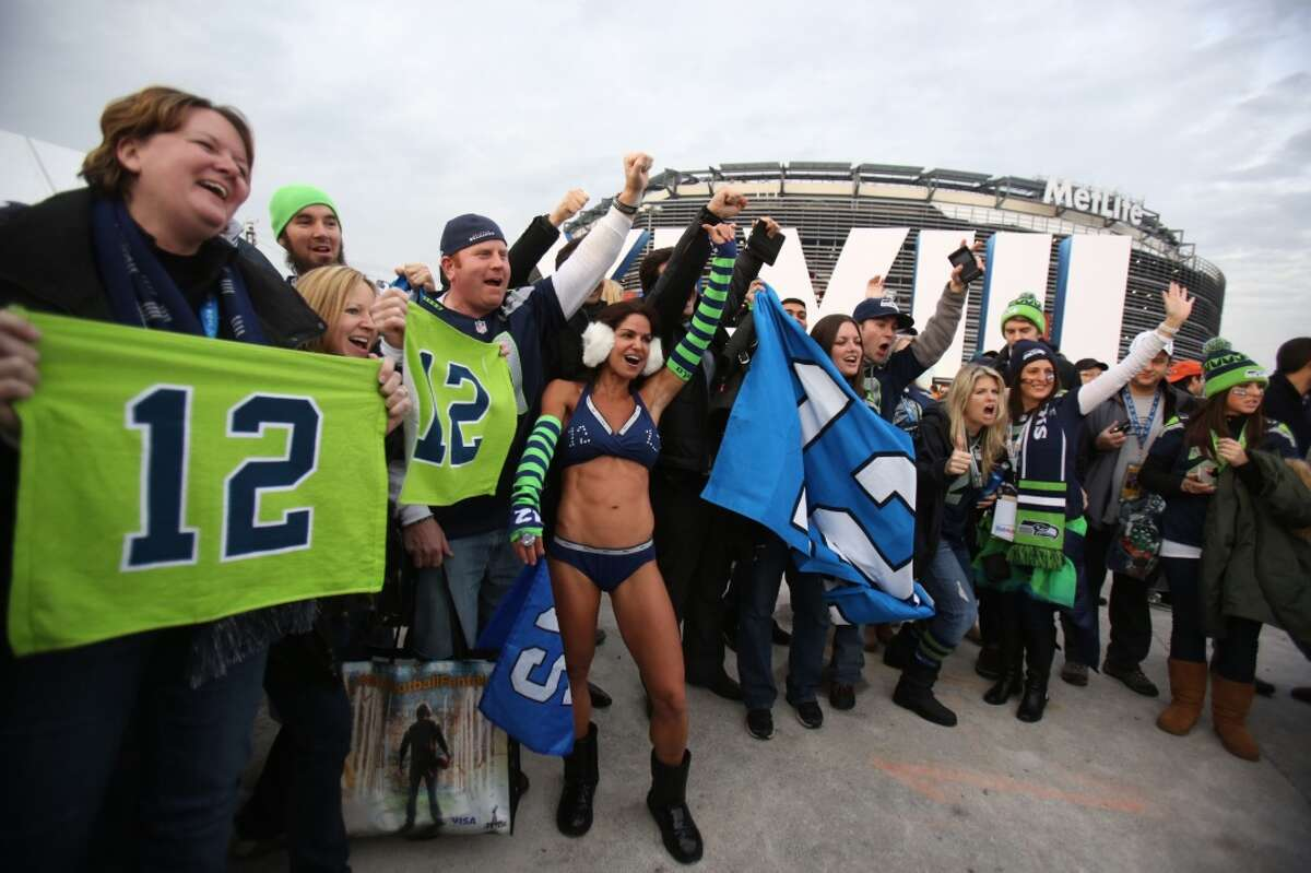 Seattle Seahawks fans outside of MetLife Stadium at Super Bowl XLVIII Sunday, Feb. 2, 2014, in New Jersey. (Joshua Trujillo, seattlepi.com)
