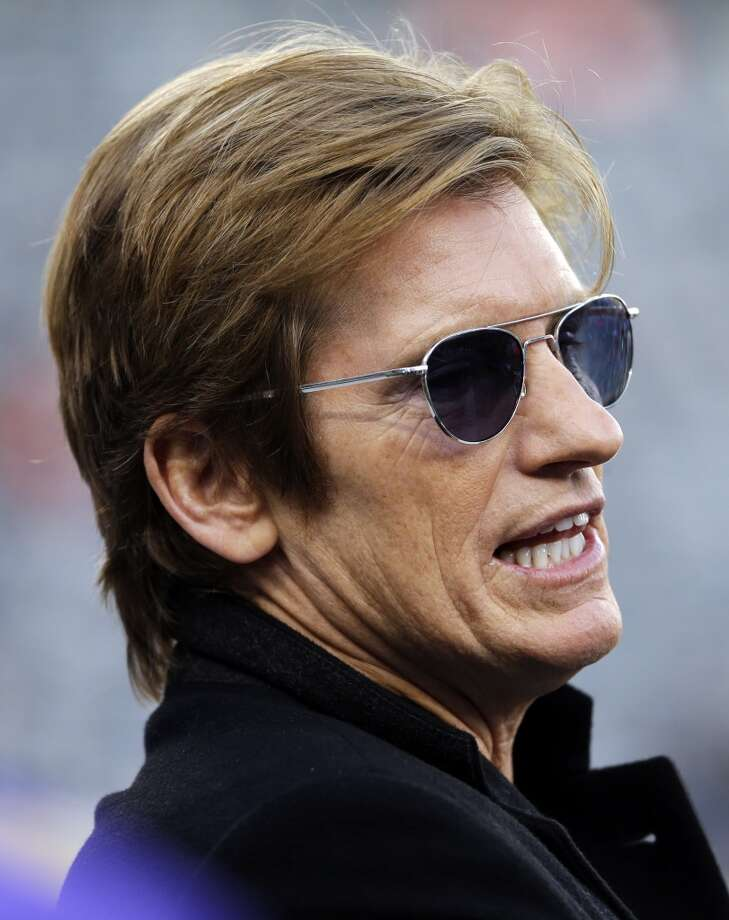 Actor Denis Leary talks on the field before the NFL Super Bowl XLVIII football game between the Seattle Seahawks and the Denver Broncos, Sunday, Feb. 2, 2014, in East Rutherford, N.J. (AP Photo/Matt Slocum) Photo: Matt Slocum, AP