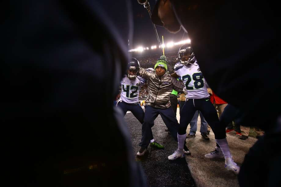The Seattle Seahawks get pumped before the game at MetLife Stadium for at Super Bowl XLVIII Sunday, Feb. 2, 2014, in New Jersey. (Joshua Trujillo, seattlepi.com) Photo: JOSHUA TRUJILLO, SEATTLEPI.COM